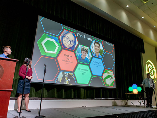 Students presenting during 2019 Bronco Startup Challenge