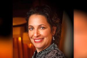 Dr. Iris Levine