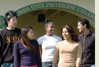 Cal Poly Pomona students walking together