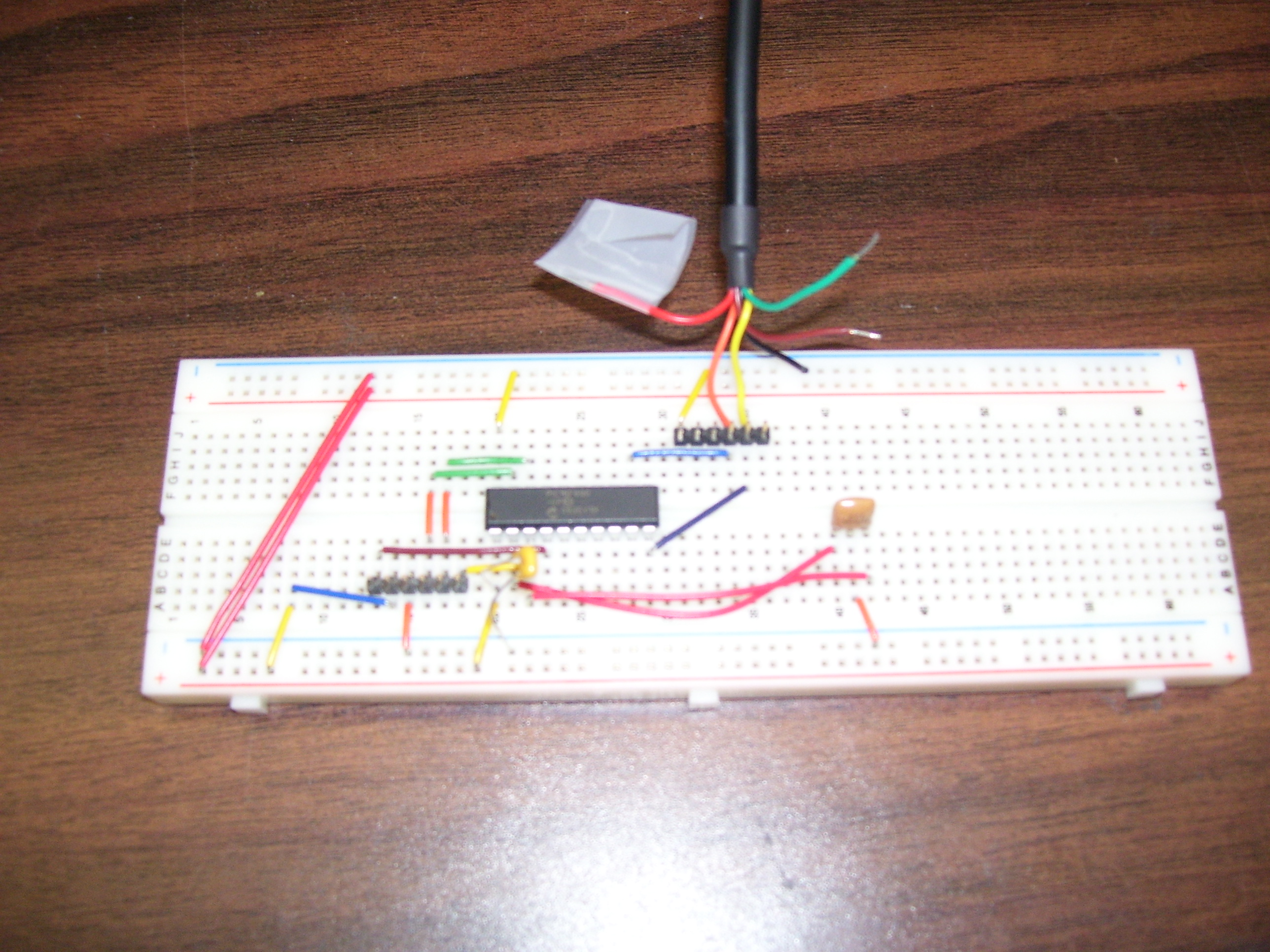 Sample Programs For The Pic Microcontroller Serial Usb Circuit Diagram See Protoboard A Picture Of Our Breadboard 20 Mhz Resonator Has Been Connected To Chip In